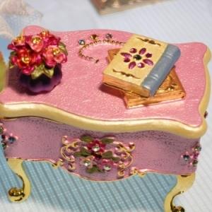 日系水晶钻桌形收藏盒饰品