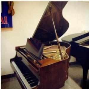 KG-3C平台钢琴