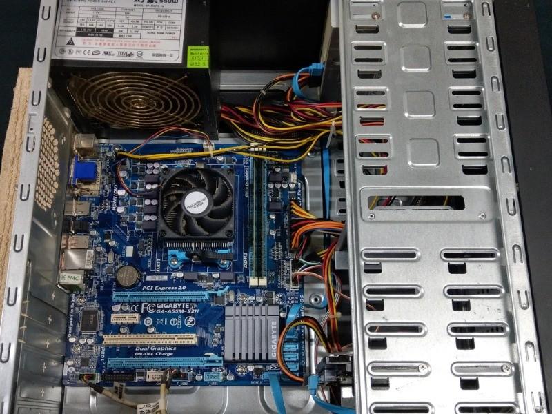 電腦整新升級。